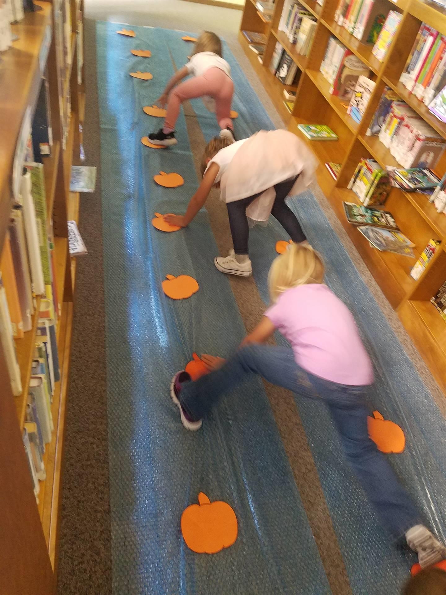prek students library visit